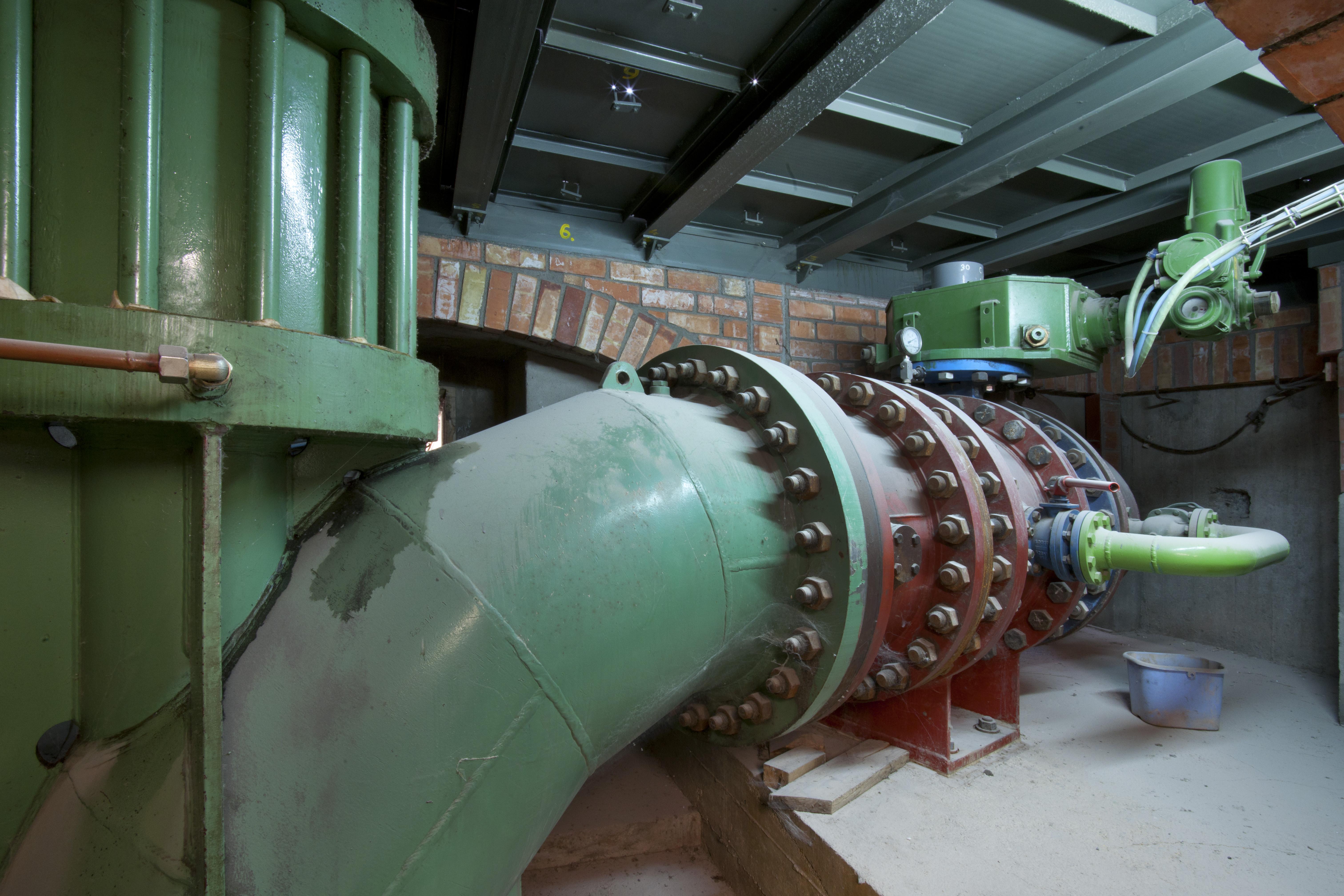 industrial 18